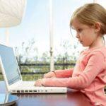 Scammers y hackers atacan a los niños para robar los datos de sus padres