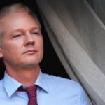 Julian Assange: video del ingreso de la policía de Gran Bretaña a la embajada de Ecuador crea inquietud