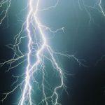 Tripp Lite: Proteja equipos electrónicos en temporada de lluvias y tormentas