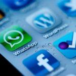 WhatsApp, puerta de entrada de Facebook al mundo móvil