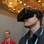 Oculus presenta su nuevo casco de realidad virtual