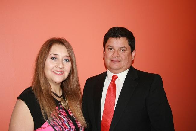Linda Zumaeta, Gerenta de Recursos Humanos Entersoft y  Rodrigo Acevedo, Gerente General Entersoft