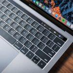 MacBook Pro con barra touch: Lo mejor de iOS en un gran Mac