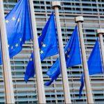 UE afectará ingresos por publicidad de Facebook y Google