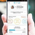 Caixabanklanzó app para transferir dinero desde Whatsapp