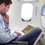 Triunfo de aerolíneas deja a la laptop en cabina de aviones