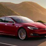 Tesla comparte el código del software de sus coches